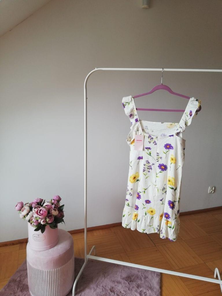 sukienka z lnu w kwiaty