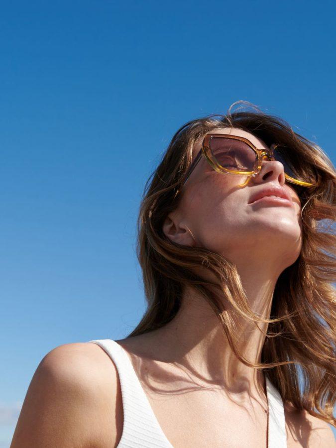 wakacje 2020 okulary przeciwsłoneczne z Reserved