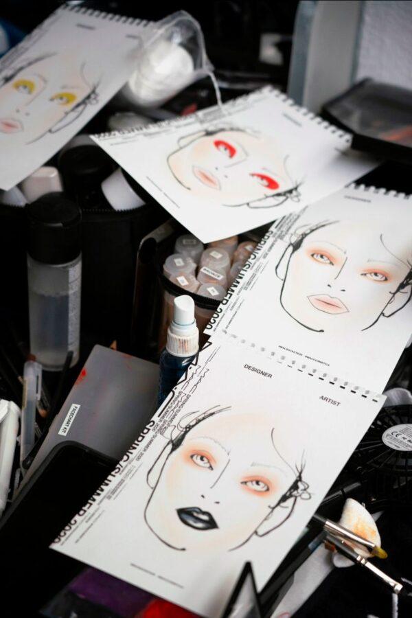 perfekcyjny makijaż markami premium karty do szkicu