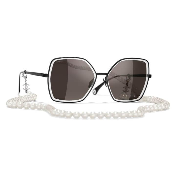 czerne okulary od Chanel