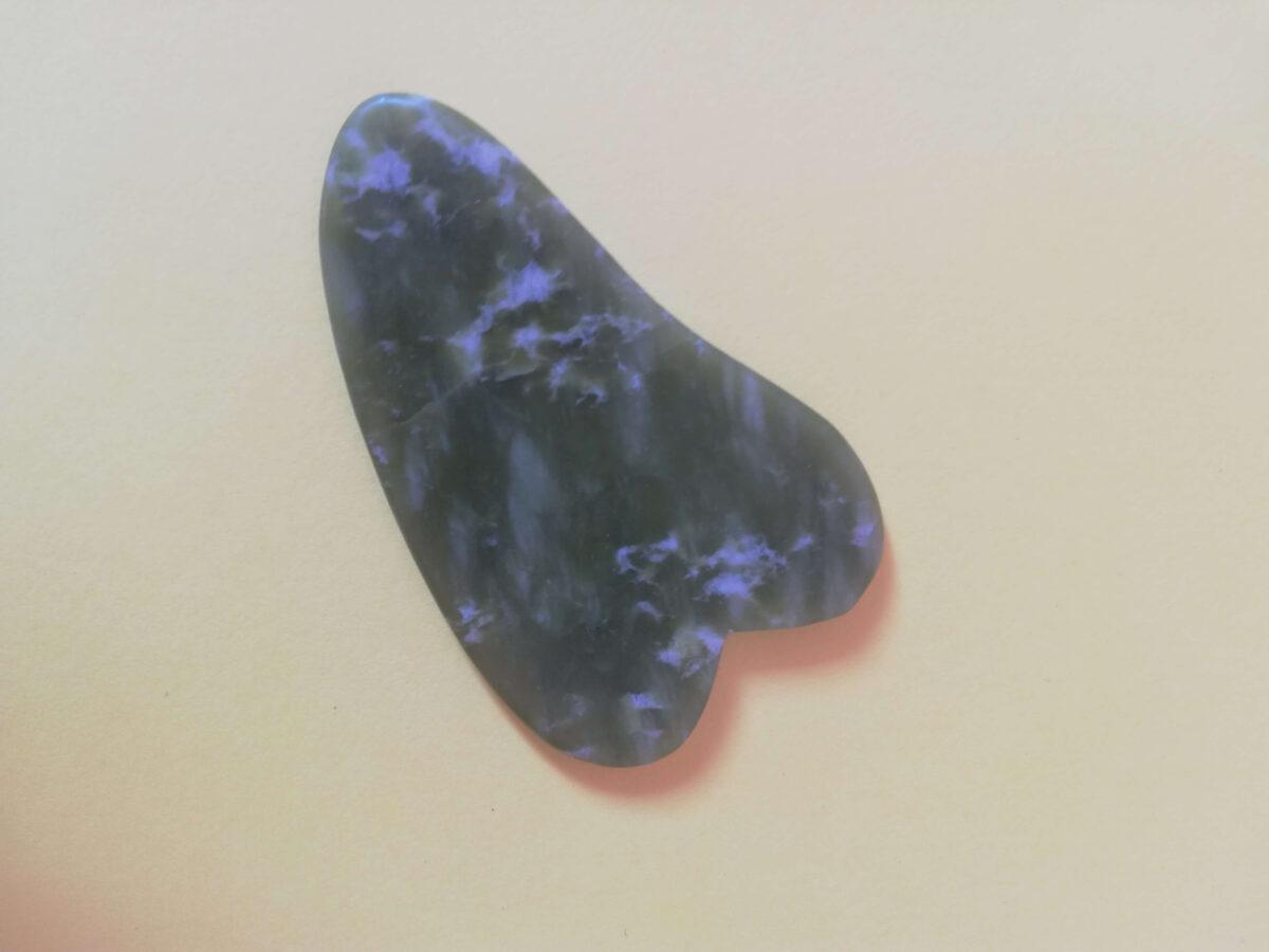 naturalna pilęgnacja skóry twarzy płytka gua sha