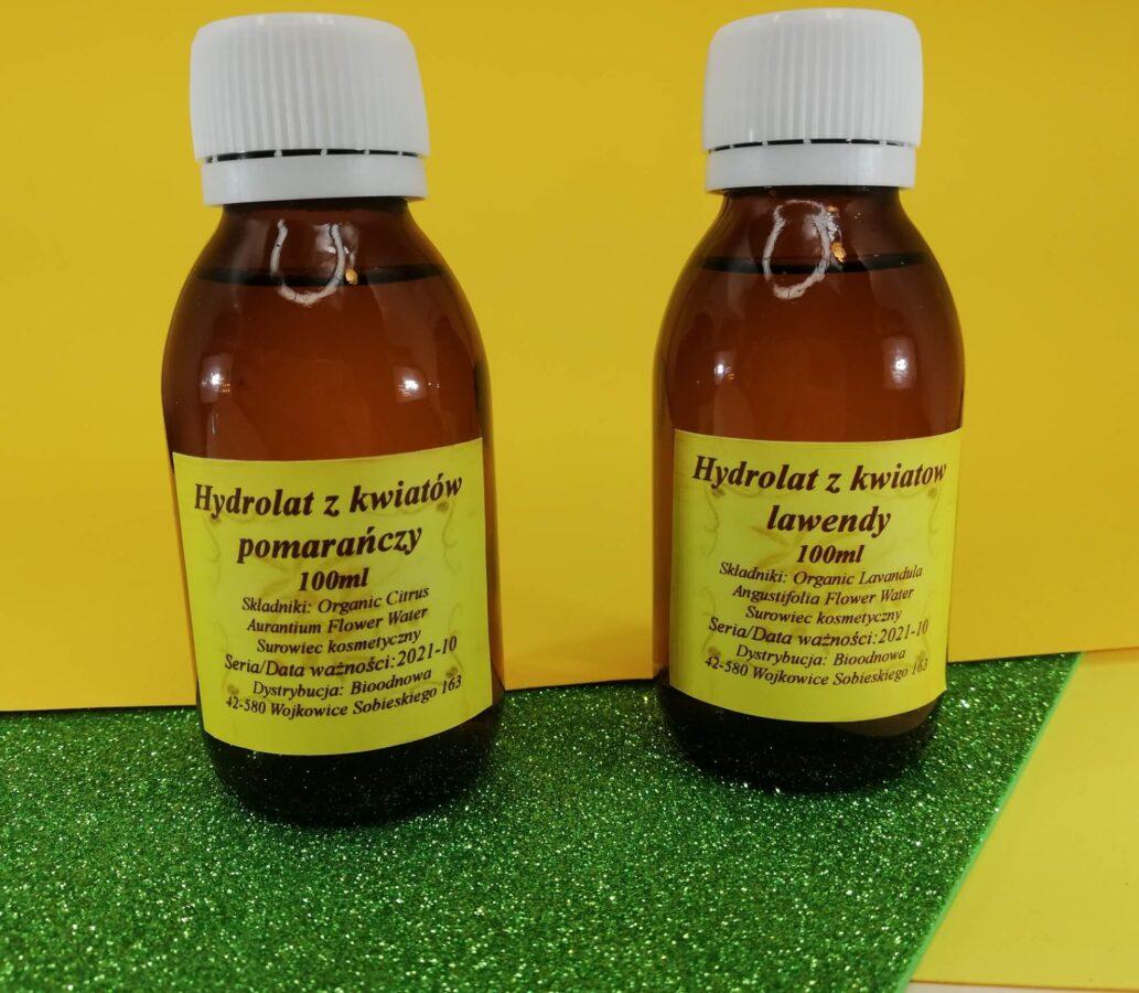 dwa hydrolaty do pilęgnacji twarzy
