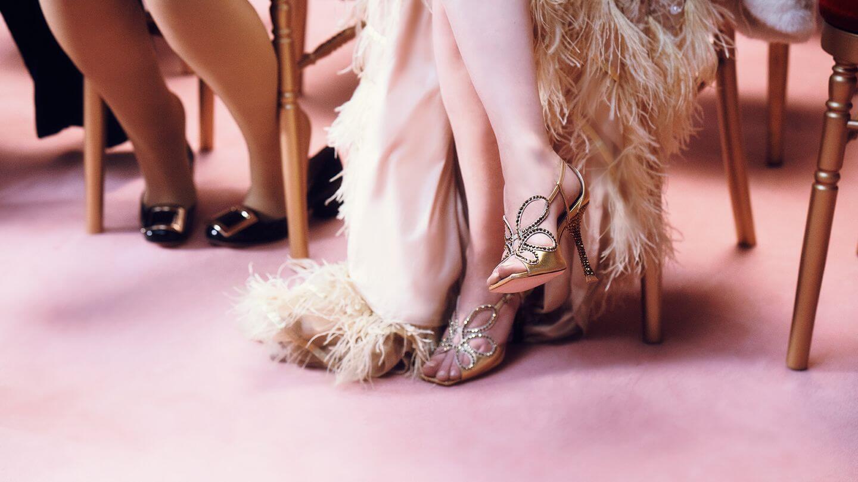 Manolo Blahnik szpilki na stopach kobiety