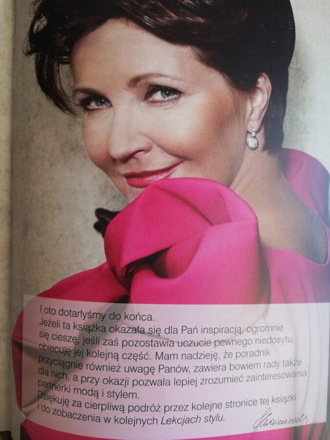 Jolanta Kwaśniewska w różowej sukni